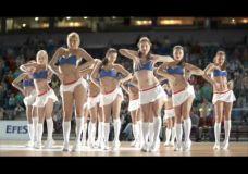 Nauja alaus reklama su Maskvos CSKA šokėjomis