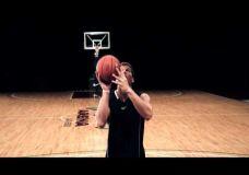 "Blake Griffin pamokina ""Tipinti"" kamuolį"