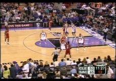 LeBron James debiutinės rungtynės