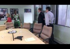 """Linksma """"SportsCenter"""" reklama su Rajon Rondo"""