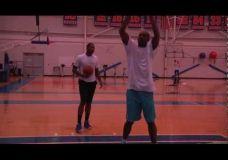 Carmelo Anthony treniruojasi kartu su Hakeem Olajuwon II dalis