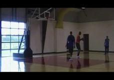 Hakeem Olajuwon dalinasi patarimais su Kobe Bryant III dalis