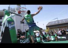 "San Francisko Sprite Slam Dunk Showdown nugalėtojas Carlos ""Los"" Smothers"