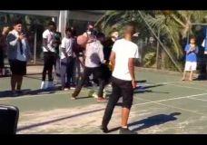 Sidnėjuje maustantis krepšininkus – The Professor