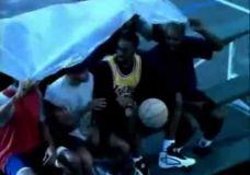 """Reklama: Kobe Bryant – """"Pastogė"""""""
