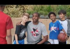 "Kids Foot Locker ir Chris Paul – ""Asmenukės"""